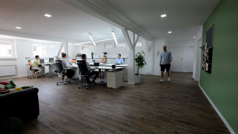 Vorstellung: PROFI TABLE der Coworking Space in Stuttgart-Degerloch